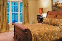 House Plan Design - Craftsman Interior - Master Bedroom Plan #927-133