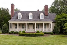 Dream House Plan - Country Exterior - Front Elevation Plan #137-148