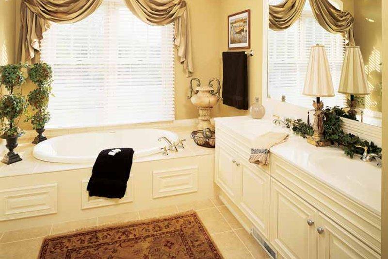 Craftsman Interior - Bathroom Plan #929-313 - Houseplans.com