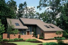 Dream House Plan - Contemporary Exterior - Front Elevation Plan #72-636