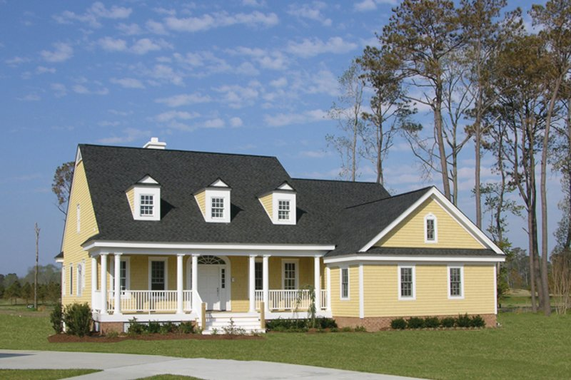 House Plan Design - Classical Exterior - Front Elevation Plan #137-309
