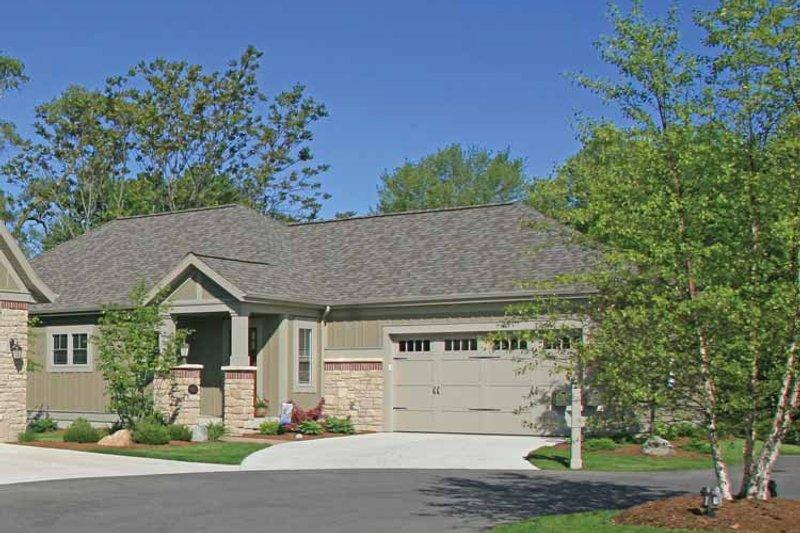 House Plan Design - Craftsman Exterior - Front Elevation Plan #928-197