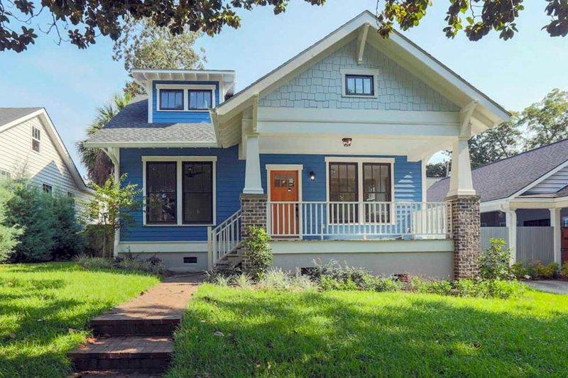 House Design - Craftsman Exterior - Front Elevation Plan #461-6