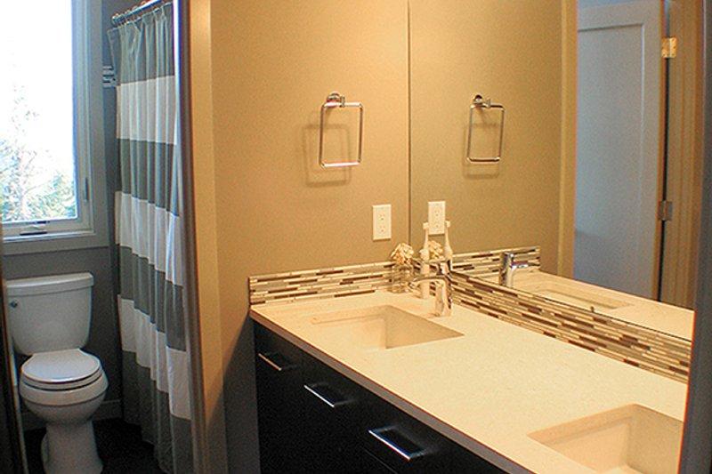 Contemporary Interior - Bathroom Plan #132-563 - Houseplans.com