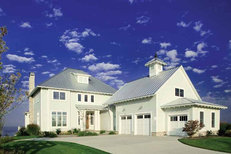 Craftsman Exterior - Front Elevation Plan #928-59