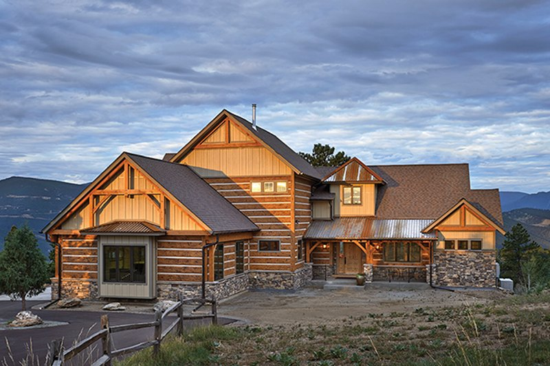 Craftsman Exterior - Front Elevation Plan #942-30 - Houseplans.com