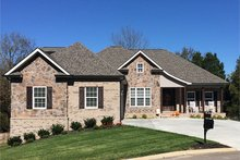 Home Plan - Craftsman Exterior - Front Elevation Plan #927-566