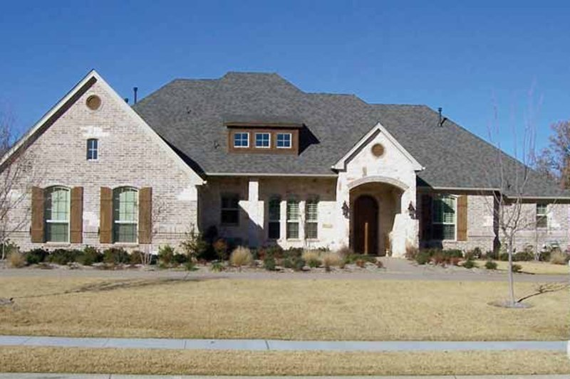 House Plan Design - Tudor Exterior - Front Elevation Plan #84-737
