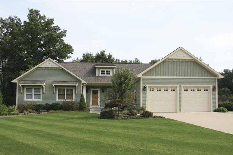 Craftsman Exterior - Front Elevation Plan #928-122 - Houseplans.com