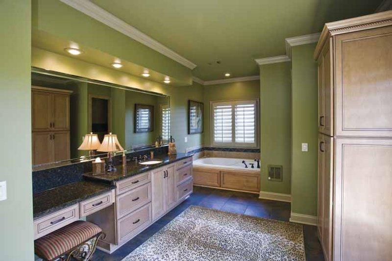 Traditional Interior - Bathroom Plan #17-3302 - Houseplans.com