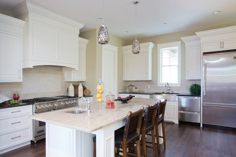 Traditional Interior - Kitchen Plan #928-271 - Houseplans.com