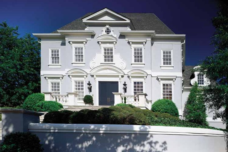 House Plan Design - Classical Exterior - Front Elevation Plan #429-141