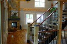 Farmhouse Interior - Family Room Plan #901-11