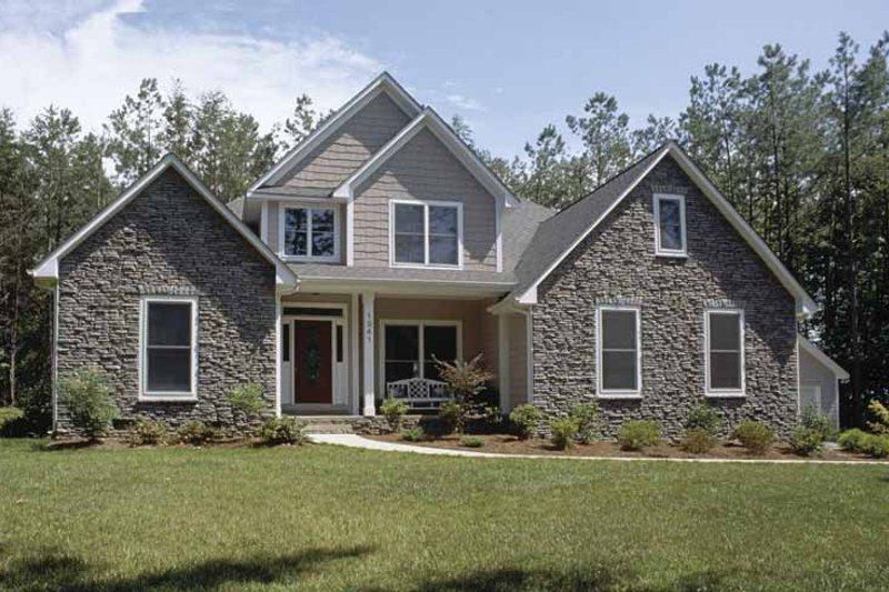 Dream House Plan - Traditional Exterior - Front Elevation Plan #20-2215