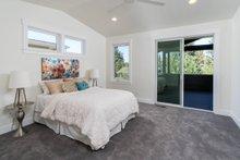 Craftsman Interior - Master Bedroom Plan #895-92