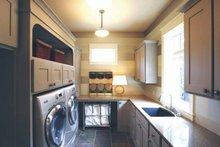 European Interior - Laundry Plan #928-178