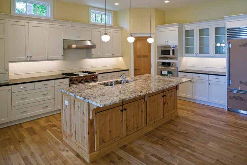 Craftsman Interior - Kitchen Plan #928-71 - Houseplans.com