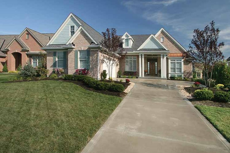 Ranch Exterior - Front Elevation Plan #46-761 - Houseplans.com
