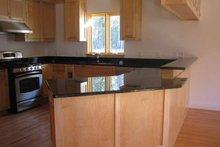 Traditional Interior - Kitchen Plan #939-2