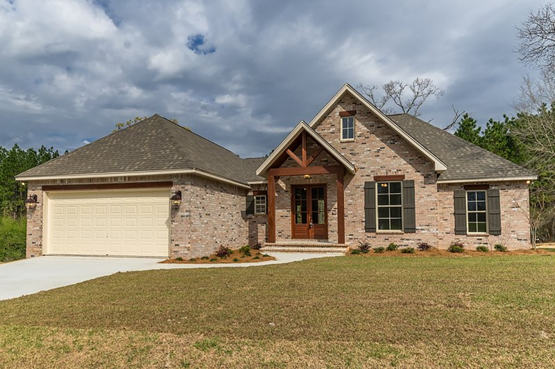 Home Plan - Country Exterior - Front Elevation Plan #430-173