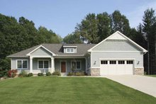 Craftsman Exterior - Front Elevation Plan #928-135
