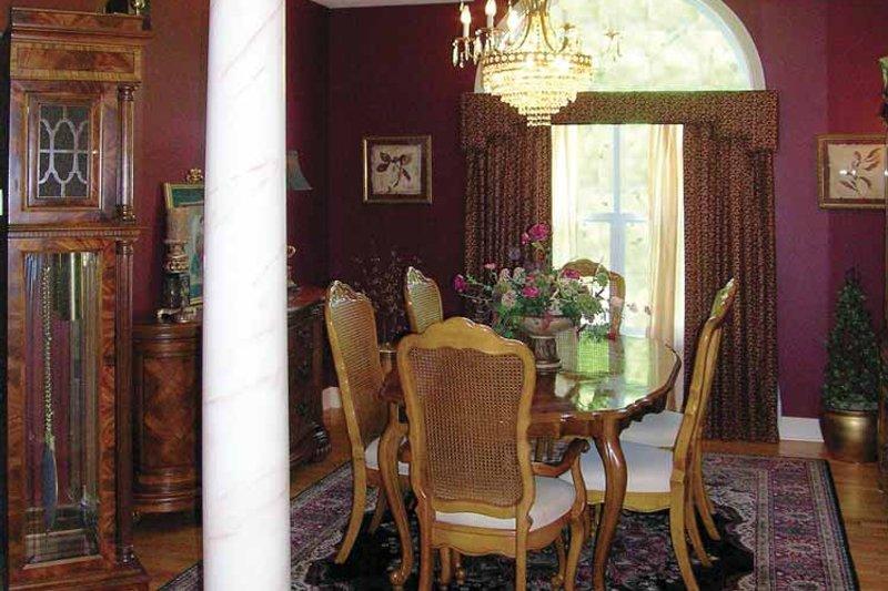 Ranch Interior - Dining Room Plan #456-81 - Houseplans.com