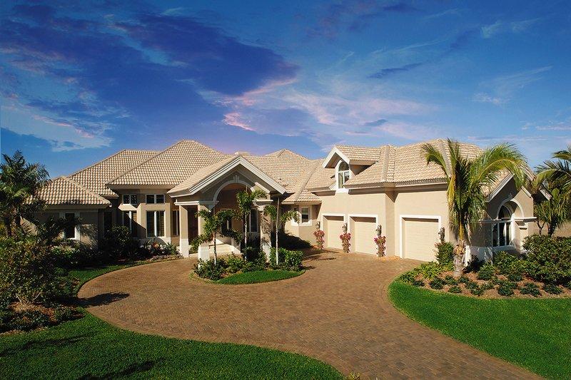 House Plan Design - Mediterranean Exterior - Front Elevation Plan #930-491