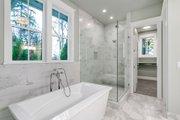 Craftsman Style House Plan - 4 Beds 3.5 Baths 3504 Sq/Ft Plan #48-1007 Interior - Bathroom