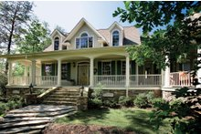 Dream House Plan - Country Exterior - Front Elevation Plan #929-18