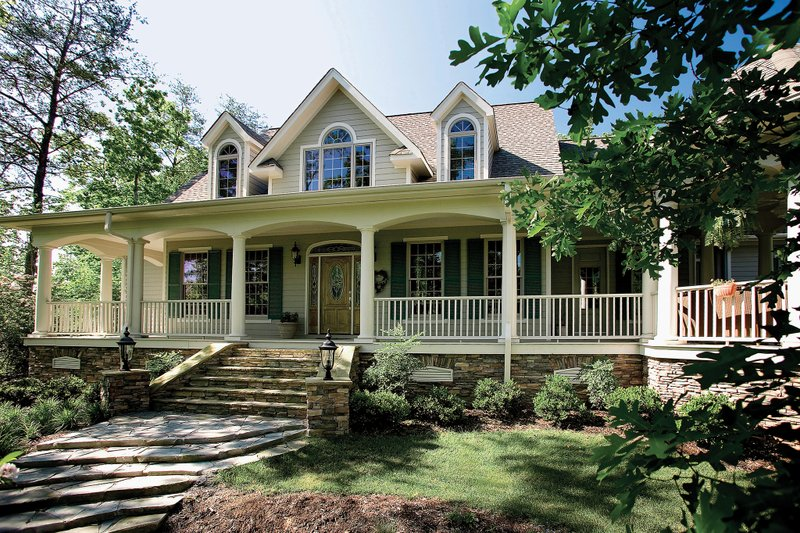 Country Exterior - Front Elevation Plan #929-18 - Houseplans.com