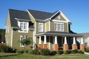 Craftsman Style House Plan - 4 Beds 3 Baths 2628 Sq/Ft Plan #927-188 Exterior - Front Elevation