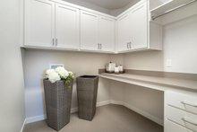 Traditional Interior - Laundry Plan #124-1162