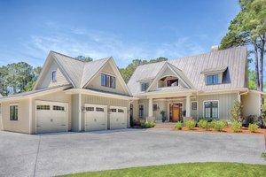 Farmhouse Exterior - Front Elevation Plan #928-10