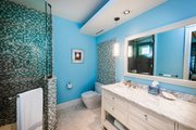 Beach Style House Plan - 5 Beds 6.5 Baths 5797 Sq/Ft Plan #938-102 Interior - Bathroom