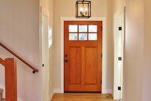 Farmhouse Interior - Entry Plan #1070-2
