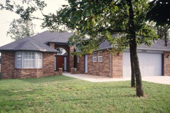 Traditional Exterior - Front Elevation Plan #52-102