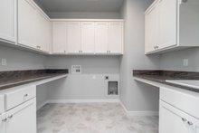 Craftsman Interior - Laundry Plan #124-1166
