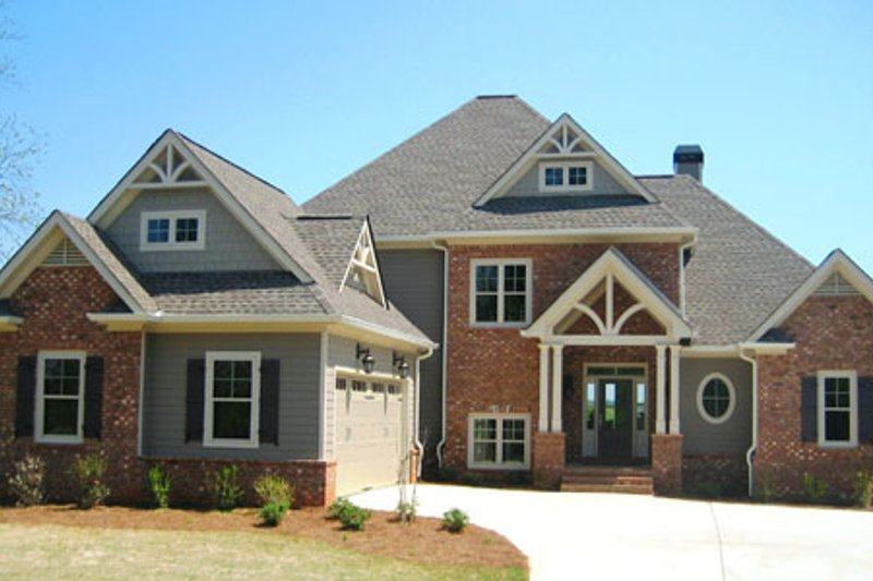 Traditional Exterior - Front Elevation Plan #437-54 - Houseplans.com