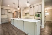 Craftsman Style House Plan - 4 Beds 4 Baths 2995 Sq/Ft Plan #119-370 Interior - Kitchen