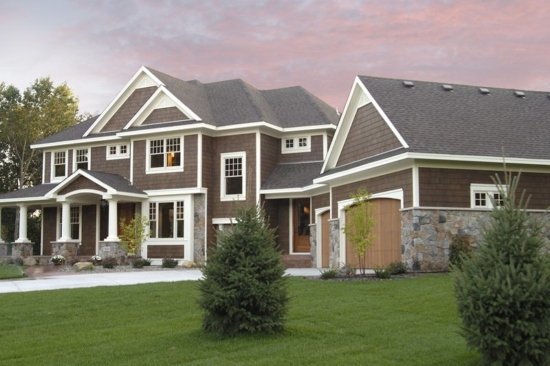 Craftsman Style House Plan - 4 Beds 3.5 Baths 3524 Sq/Ft Plan #51-464 Exterior - Front Elevation