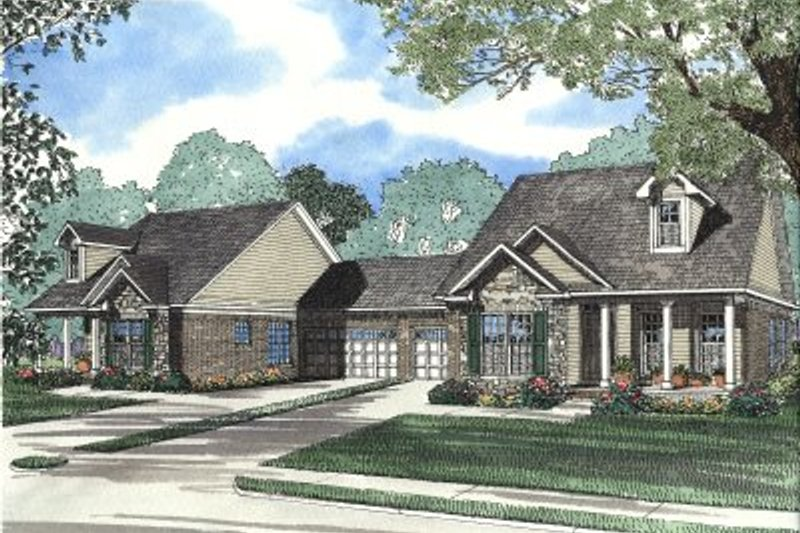 Traditional Style House Plan - 3 Beds 2 Baths 2558 Sq/Ft Plan #17-1064 Exterior - Front Elevation