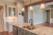 Craftsman Style House Plan - 4 Beds 2.5 Baths 2329 Sq/Ft Plan #430-152 Interior - Kitchen
