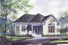 Modern Exterior - Front Elevation Plan #23-119