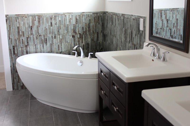 Traditional Interior - Master Bathroom Plan #20-2126 - Houseplans.com
