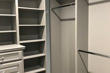 House Plan Design - Master Closet