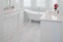 Colonial Interior - Master Bathroom Plan #928-179