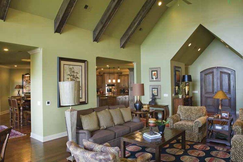 Traditional Interior - Family Room Plan #17-3302 - Houseplans.com