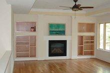Ranch Interior - Family Room Plan #939-8
