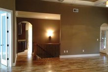 Traditional Interior - Family Room Plan #437-73