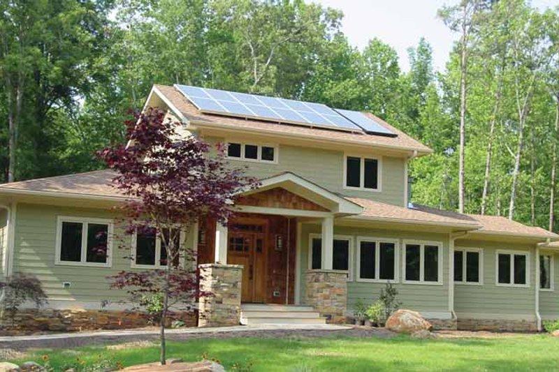 House Plan Design - Craftsman Exterior - Front Elevation Plan #939-12
